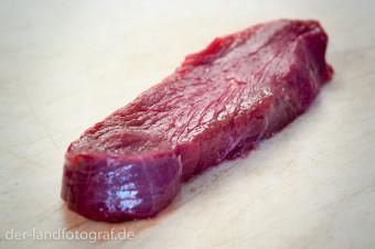 Ein Stück mageres Straußenfleisch
